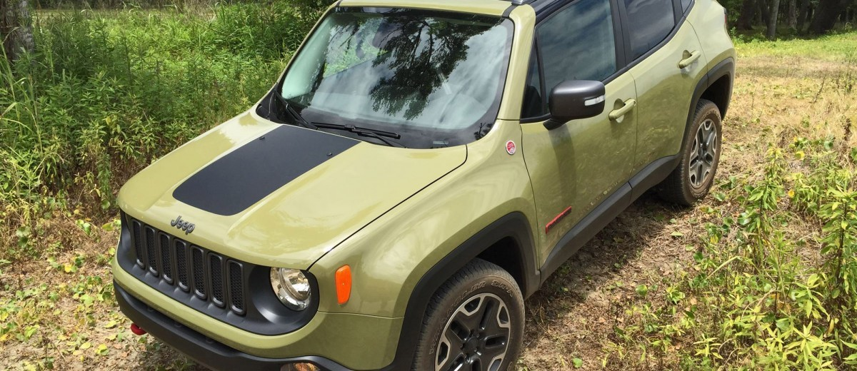 2015 Jeep RENEGADE Trailhawk Review 113