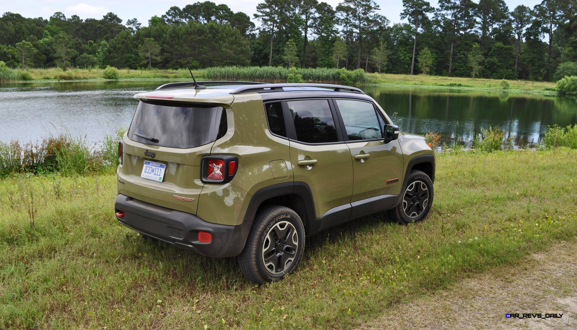 road test review 2016 jeep renegade trailhawk by tim esterdahl. Black Bedroom Furniture Sets. Home Design Ideas