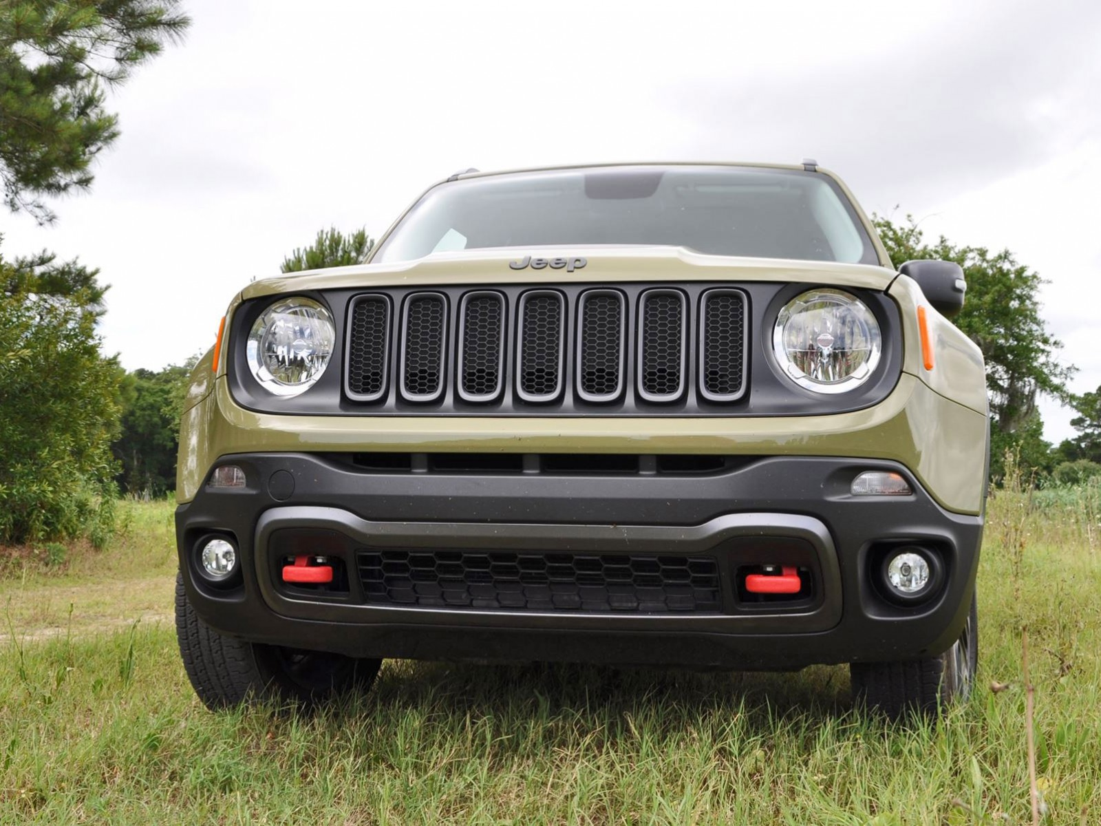 2015 jeep renegade trailhawk review 22. Black Bedroom Furniture Sets. Home Design Ideas