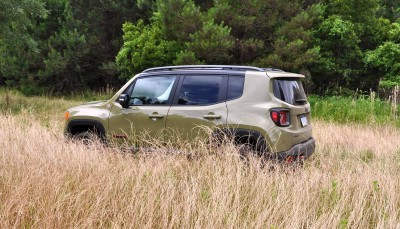 2015 Jeep RENEGADE Trailhawk Review 31
