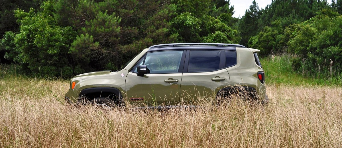 2015 Jeep RENEGADE Trailhawk Review 32