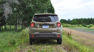 2015 Jeep RENEGADE Trailhawk Review 37