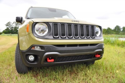 2015 Jeep RENEGADE Trailhawk Review 5