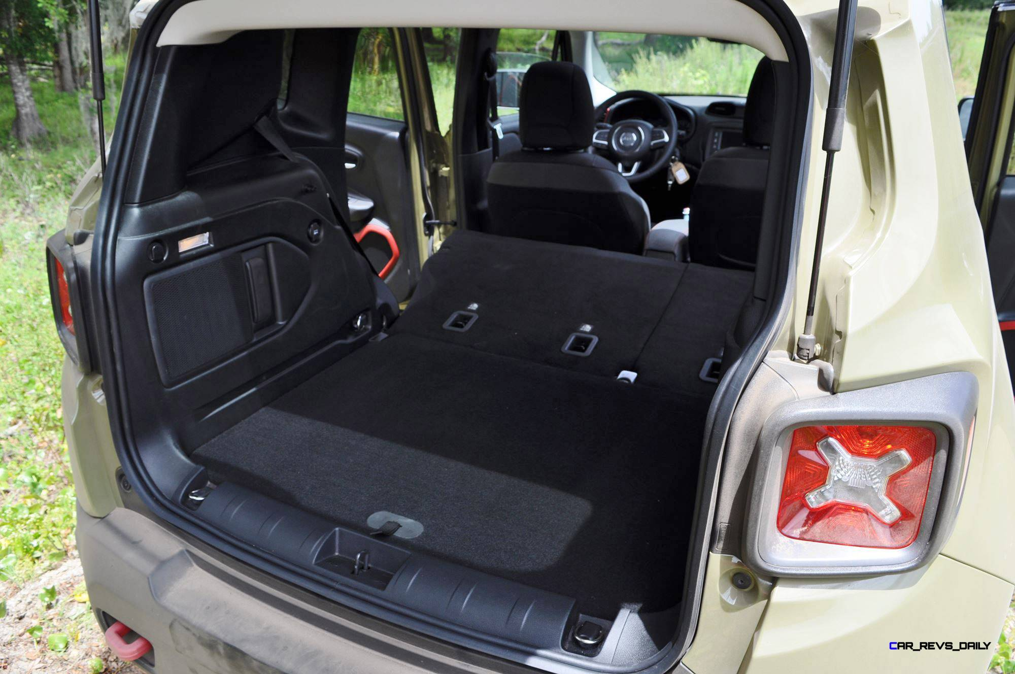 jeep renegate trunk