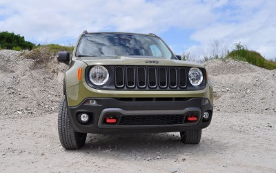 2015 Jeep RENEGADE Trailhawk Review 85