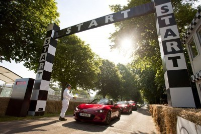 2015 Mazda LM55 Vision GT Tops Goodwood With 787B LeMans Legend 51