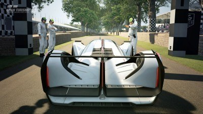 2015 Mazda LM55 Vision GT Tops Goodwood With 787B LeMans Legend 67