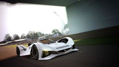 2015 Mazda LM55 Vision GT Tops Goodwood With 787B LeMans Legend 89