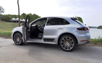 2015 Porsche MACAN TURBO Review Photos 1
