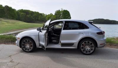 2015 Porsche MACAN TURBO Review Photos 11