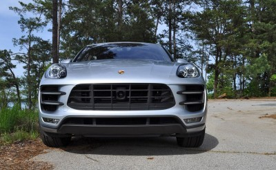 2015 Porsche MACAN TURBO Review Photos 14