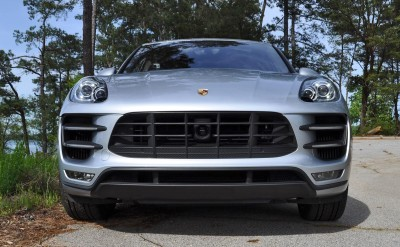 2015 Porsche MACAN TURBO Review Photos 16