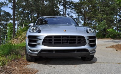 2015 Porsche MACAN TURBO Review Photos 19