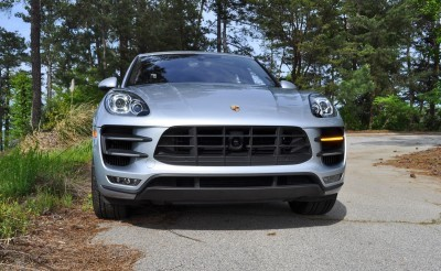 2015 Porsche MACAN TURBO Review Photos 20