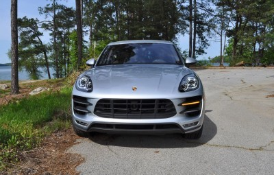 2015 Porsche MACAN TURBO Review Photos 23