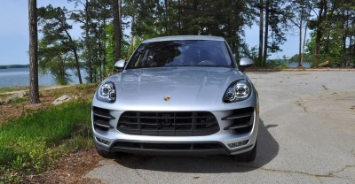 2015 Porsche MACAN TURBO Review Photos 24