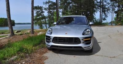 2015 Porsche MACAN TURBO Review Photos 25