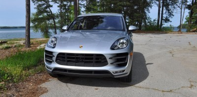 2015 Porsche MACAN TURBO Review Photos 26