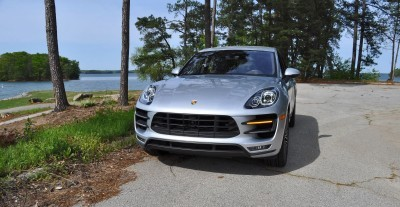 2015 Porsche MACAN TURBO Review Photos 27