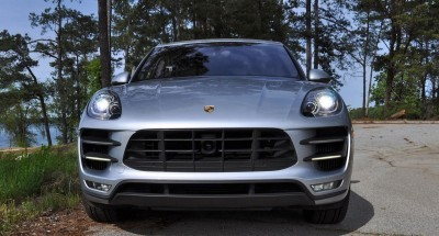 2015 Porsche MACAN TURBO Review Photos 29