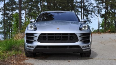 2015 Porsche MACAN TURBO Review Photos 3