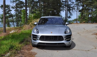 2015 Porsche MACAN TURBO Review Photos 34