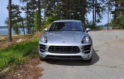 2015 Porsche MACAN TURBO Review Photos 35