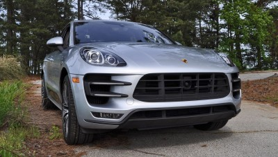 2015 Porsche MACAN TURBO Review Photos 4