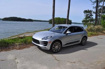 2015 Porsche MACAN TURBO Review Photos 41