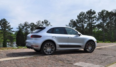 2015 Porsche MACAN TURBO Review Photos 59