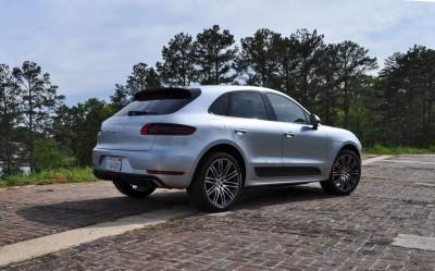 2015 Porsche MACAN TURBO Review Photos 60