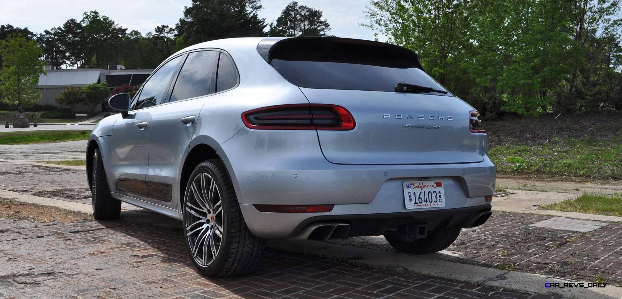 Model 2015 Porsche MACAN TURBO Review