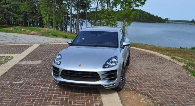 2015 Porsche MACAN TURBO Review Photos 71