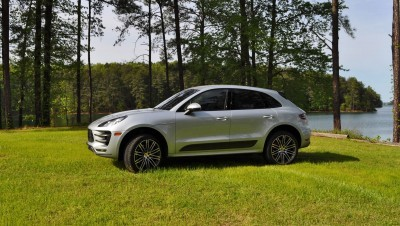 2015 Porsche Macan Turbo Review 21