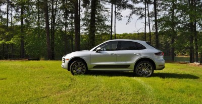 2015 Porsche Macan Turbo Review 22