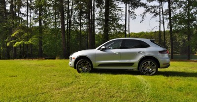 2015 Porsche Macan Turbo Review 23