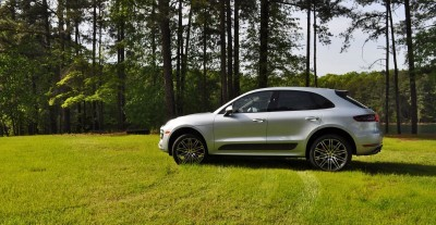 2015 Porsche Macan Turbo Review 24