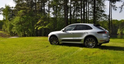 2015 Porsche Macan Turbo Review 25