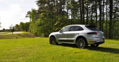 2015 Porsche Macan Turbo Review 27