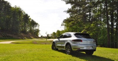 2015 Porsche Macan Turbo Review 34