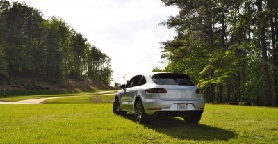 2015 Porsche Macan Turbo Review 36