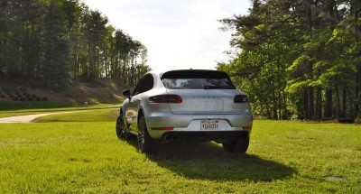 2015 Porsche Macan Turbo Review 37