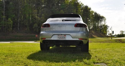2015 Porsche Macan Turbo Review 39