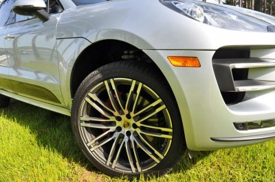 2015 Porsche Macan Turbo Review 42