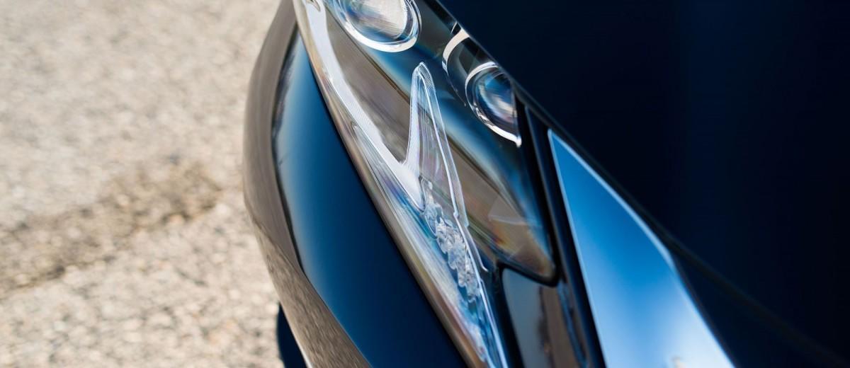 2016_Lexus_ES_300h_008_3225C407E1F4336BAC81F8423ADE86EF8D56FB6E
