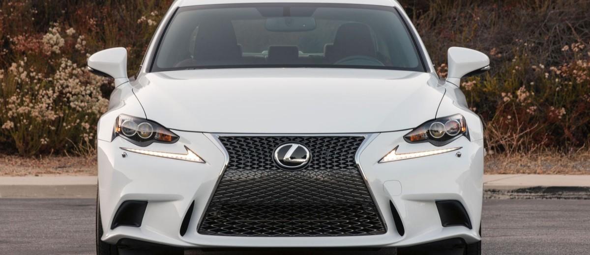 2016_Lexus_IS_300_AWD_F_SPORT_005_63EEC9CDFB27B6160C1696A68CCB03189DBCEFF8