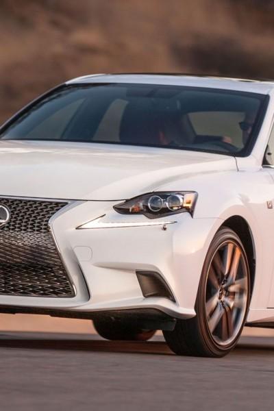 2016_Lexus_IS_300_AWD_F_SPORT_009_97023217639A47D8729AC9510F2224EEA649DA6D
