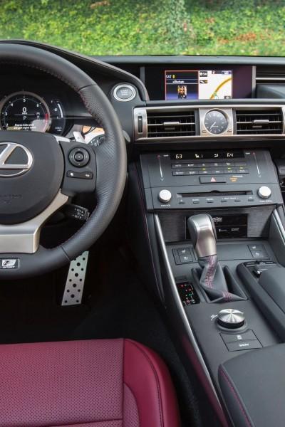 2015 Lexus IS250 Review