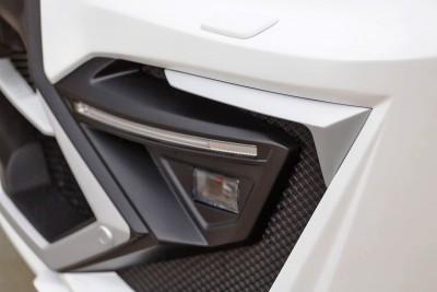 LARTE Design Lexus LX570 Alligator Bodykit White 42