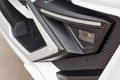 LARTE Design Lexus LX570 Alligator Bodykit White 43